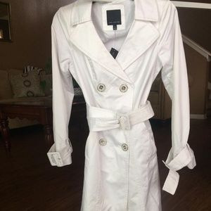 """NWT (XS) """"The Limited"""" WHITE trench coat with belt"""
